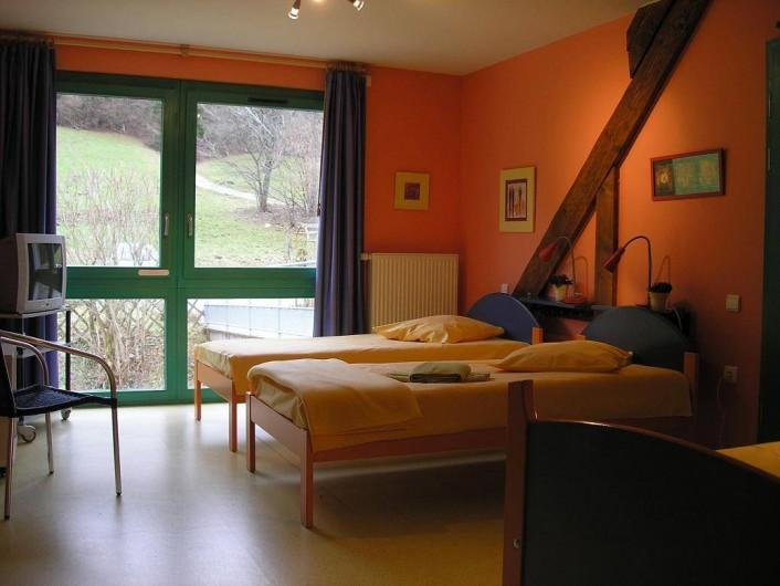 Location de vacances - Maison - Villa à Sainte-Marie-aux-Mines - Chambre de 2 ou 3 personnes  avec salle de bain