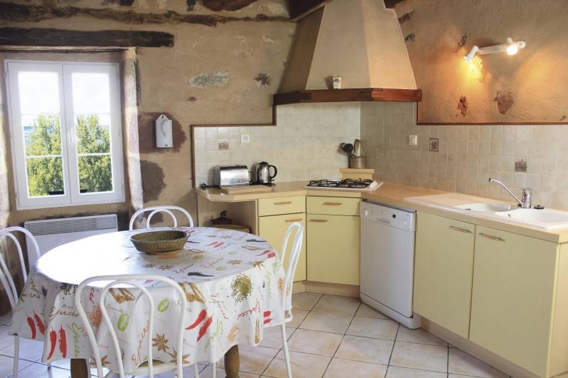 Location de vacances - Gîte à Hautefort - Coin cuisine