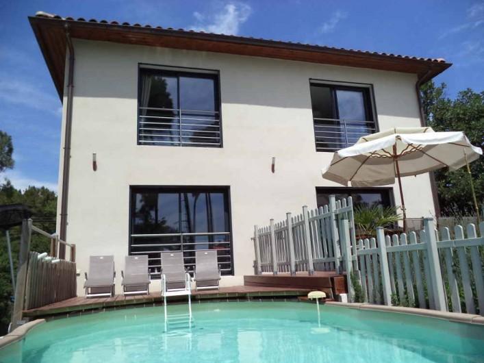 Villa grazza sud ard che class e 5 toiles magnifique for Location maison piscine ardeche