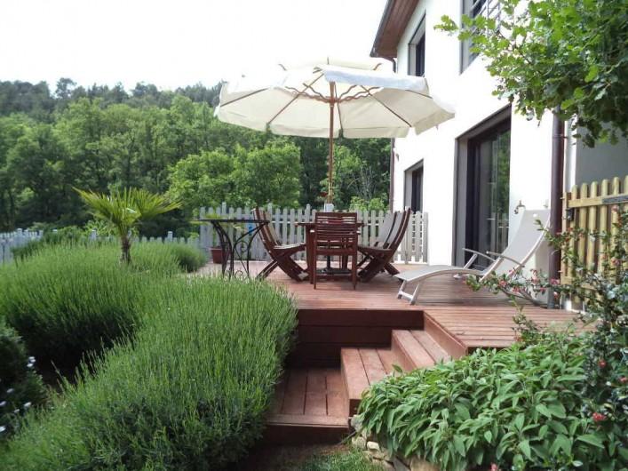 Location de vacances - Villa à Aubenas - Terrasse