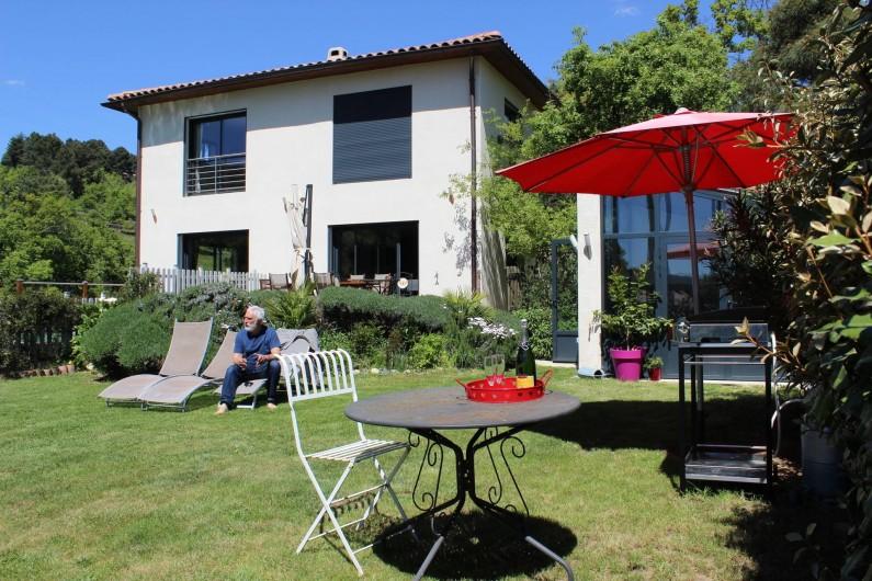 Location de vacances - Villa à Aubenas - jardin