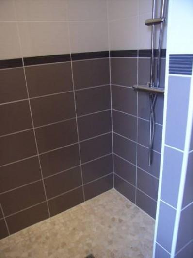Location de vacances - Maison - Villa à Lanmeur - douce de la grande salle de bain