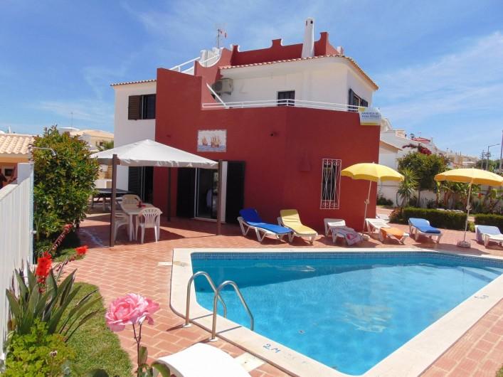 Location de vacances - Villa à Albufeira - Piscine