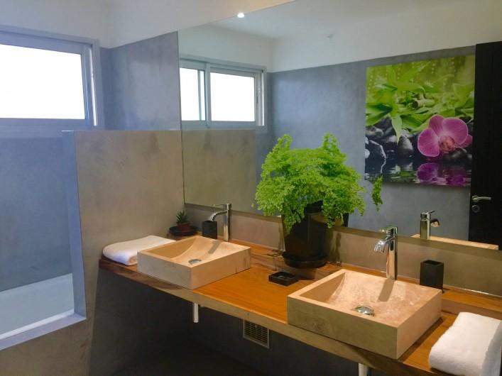 Location de vacances - Villa à Saint-Pierre - Salle de bains