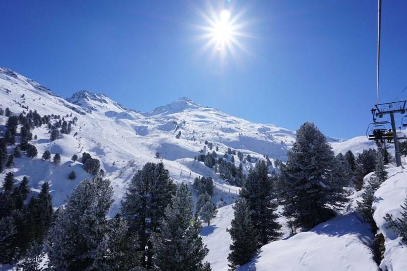 Location de vacances - Chalet à Les Menuires - Belle journée dans les 3 Vallées