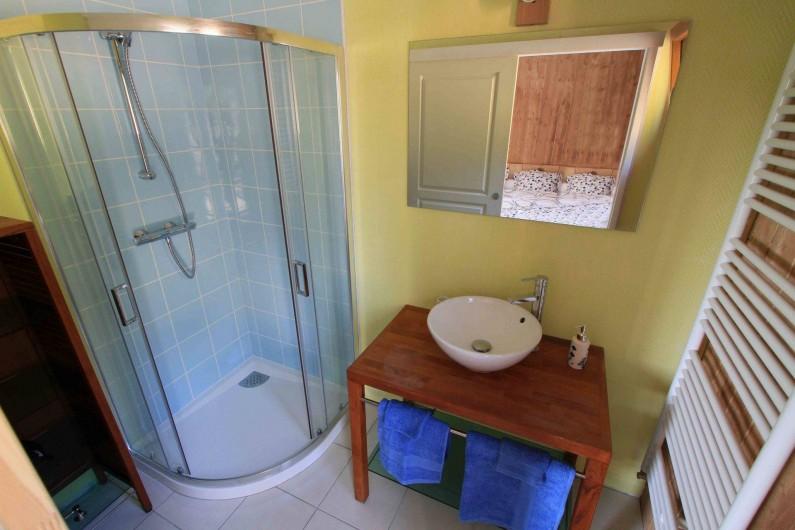 Location de vacances - Chalet à Le Tholy - Salle de bain Myrtille
