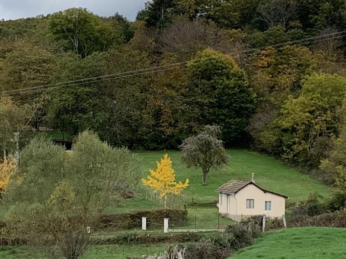 Location de vacances - Gîte à Saint-Honoré-les-Bains - la petite maison  sa nature