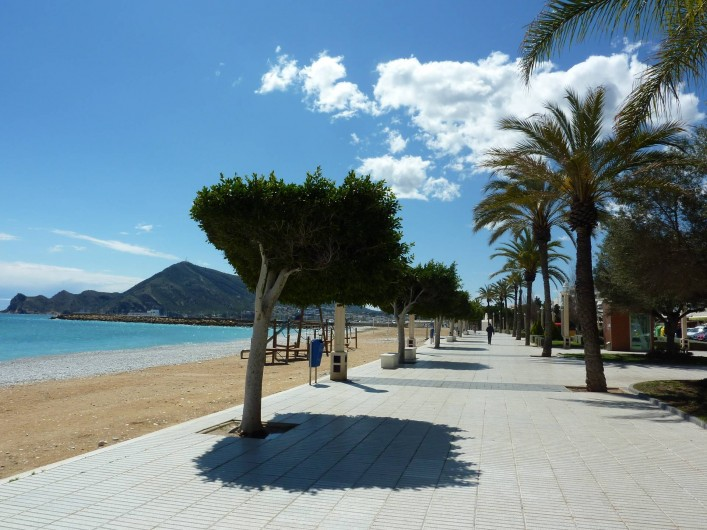 Location de vacances - Appartement à Altea - Passage maritime