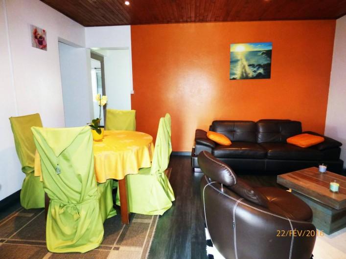 Location de vacances - Chalet à Le Tampon - Salon cosy et confortable
