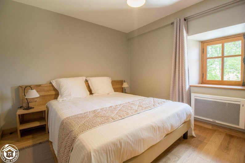 Location de vacances - Gîte à Auzelles - chambre 5 (deuxième étage) avec salle d'eau