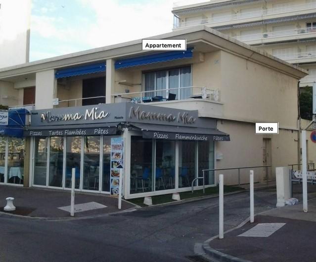 Location de vacances - Appartement à Juan les Pins - Appartement et porte
