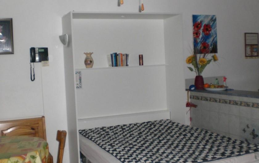 Location de vacances - Appartement à Juan les Pins - Armoire lit