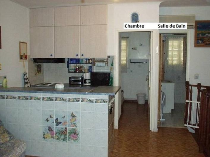 Location de vacances - Appartement à Juan les Pins - Chambre et salle de bain