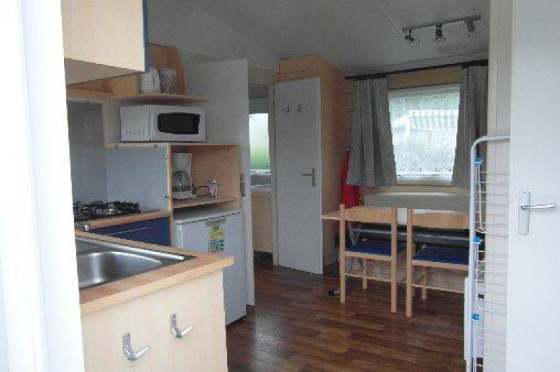 Location de vacances - Bungalow - Mobilhome à Le Bourg-Dun - intérieur  vernus  1 a 4 personnes