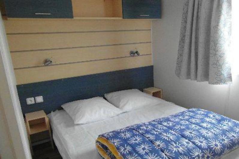 Location de vacances - Bungalow - Mobilhome à Le Bourg-Dun - chambre  2 personnes