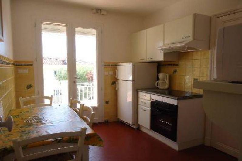 Location de vacances - Appartement à Cassis - Partie de la cuisine