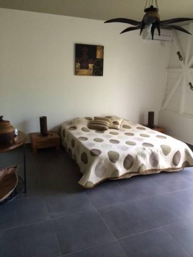 Location de vacances - Villa à Saint-François - CHAMBRE N° 3 PLACARD 4 VANTAUX