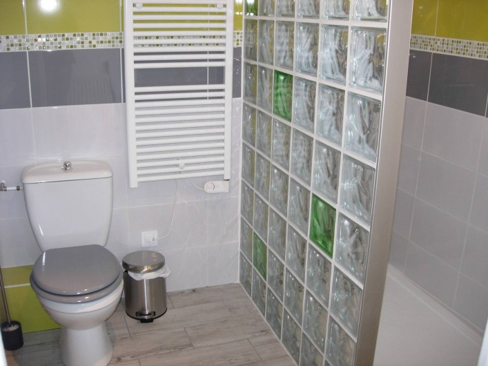 Location de vacances - Gîte à Fécamp - salle de bain (1)