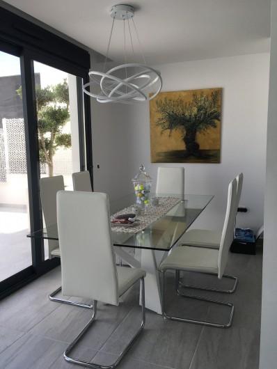 Location de vacances - Villa à San Miguel de Salinas - table salle à manger rez de chaussée
