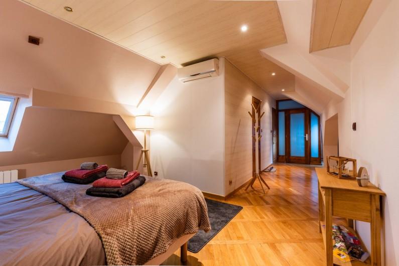 Location de vacances - Chambre d'hôtes à Bernardswiller - Chambre le grenier