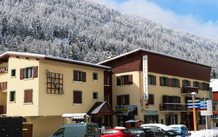 Location de vacances - Hôtel - Auberge à Lanslebourg-Mont-Cenis - Tous les commerces de Val Cenis se trouvent à proximité de l'Alpazur.