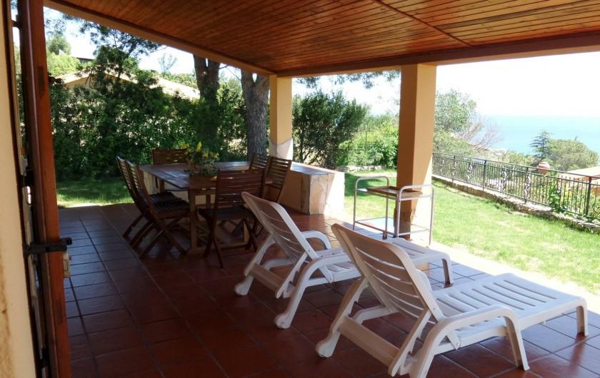 Location de vacances - Villa à Costa Rei - veranda- relax