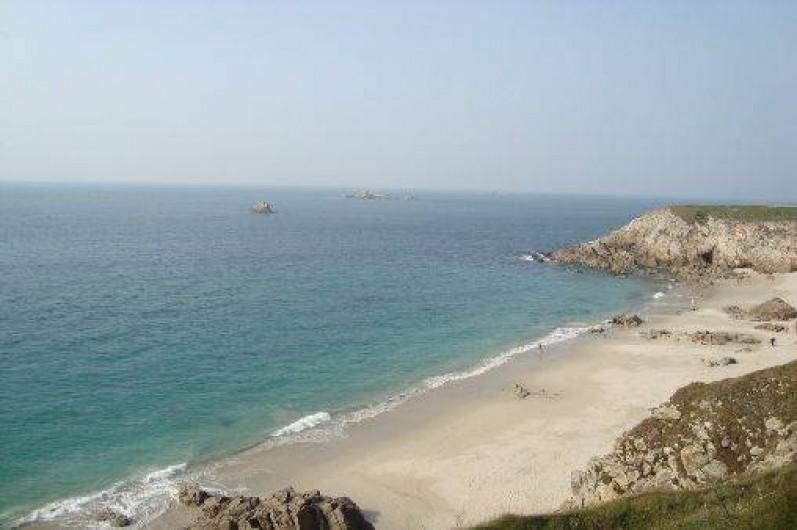 Location de vacances - Gîte à Brélès - Plage de sable fin blanc à Plouarzel.