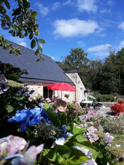 Location de vacances - Gîte à Brélès - Dans la verdure..