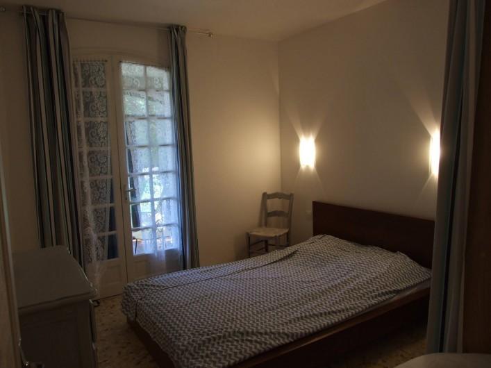 Location de vacances - Appartement à Carry-le-Rouet - Chambre avec lit double
