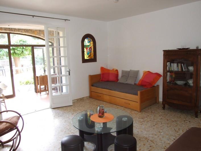 Location de vacances - Appartement à Carry-le-Rouet - Séjour avec lit d'appoint