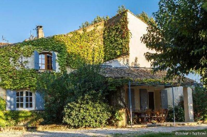 Maison En Provence Avec Piscine À Caderousse Dans Le Vaucluse