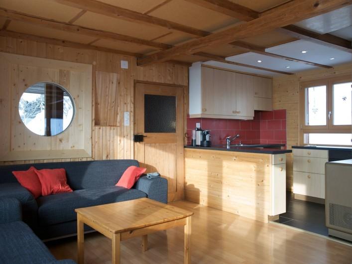 Location de vacances - Chalet à Fontaines - Salon et cuisine