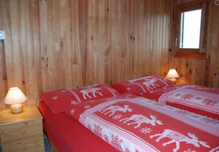 Location de vacances - Chalet à Fontaines - Chambre double lit
