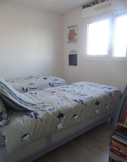 Location de vacances - Appartement à Fort-Mahon-Plage - Vue dunes. 2 lits de 90 X 190