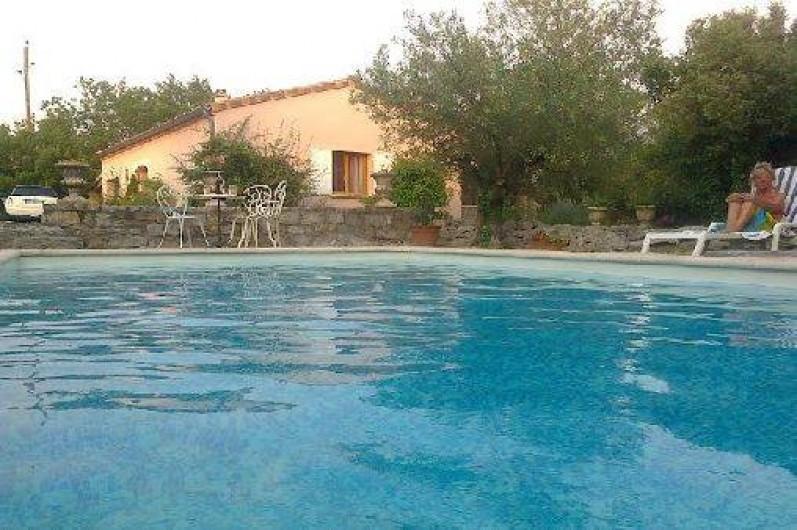 Location de vacances - Villa à Labeaume - au ras de l'eau