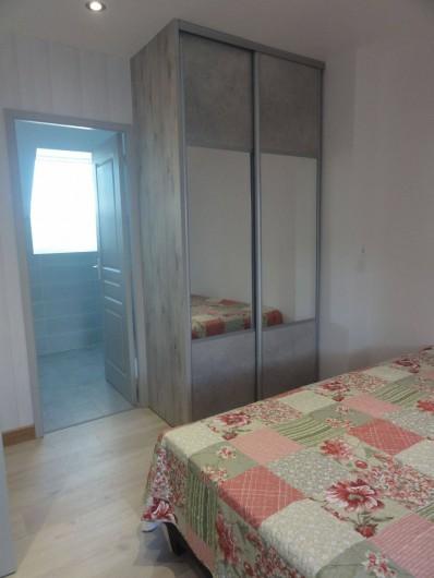 Location de vacances - Villa à Ploubazlanec - SDB privative de la chambre