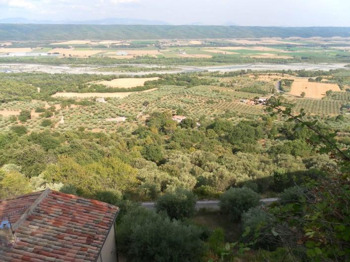 Location de vacances - Gîte à Lurs - Vue de la vallée de la Durance depuis le village de LURS