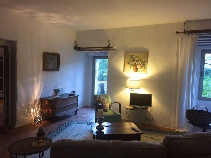 Location de vacances - Appartement à Lagrasse - Sejour