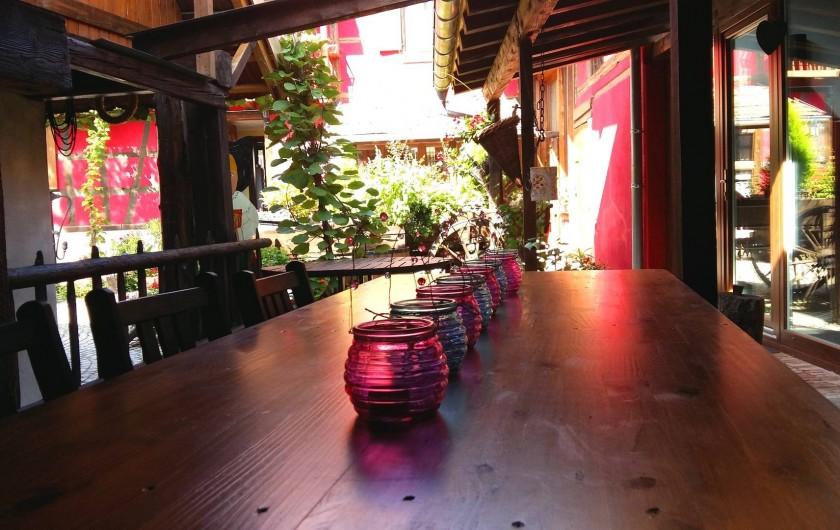 Location de vacances - Gîte à Olwisheim - terrasse ombragée