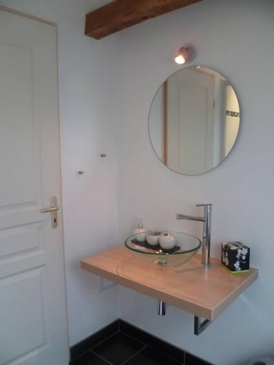 Location de vacances - Chambre d'hôtes à Les Iffs - la salle de bain de la chambre baroque