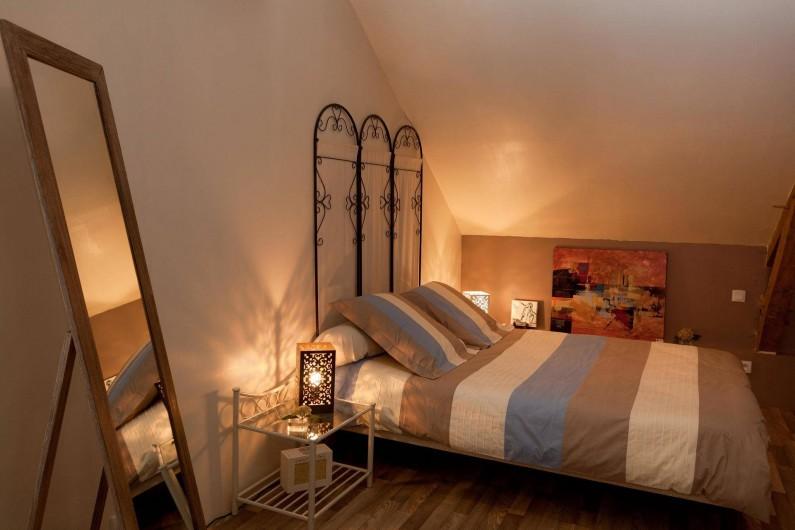 Location de vacances - Chambre d'hôtes à Les Iffs - la chambre parents de la suite familiale
