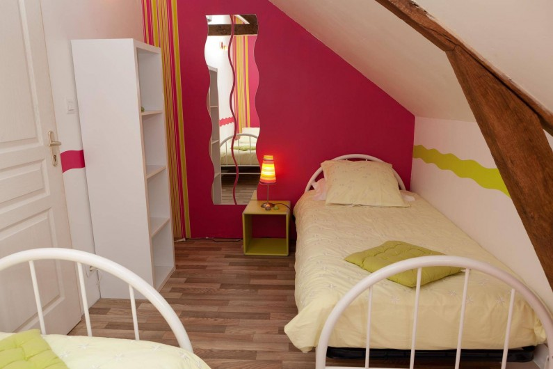 Location de vacances - Chambre d'hôtes à Les Iffs - la chambre des enfants de la suite familiale