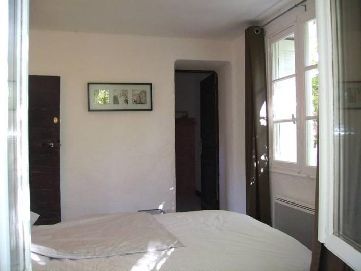 Location de vacances - Villa à Forcalquier - Chambre à coucher dans la maisonnette