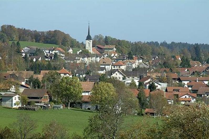 Location de vacances - Appartement à Les Breuleux - le village des Breuleux
