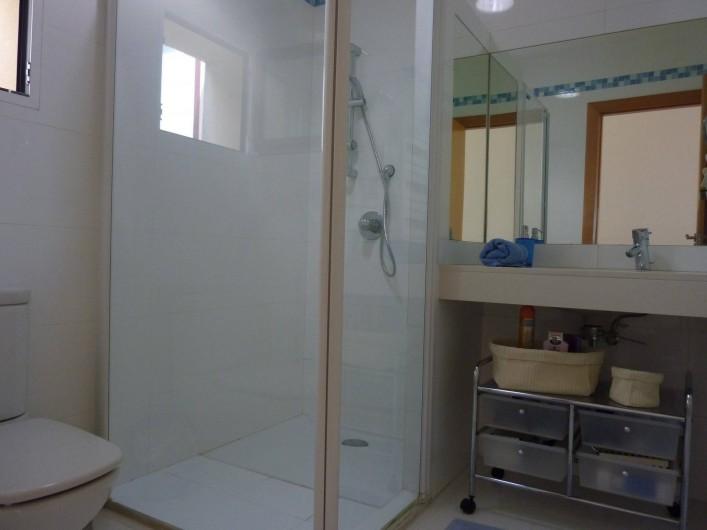 Location de vacances - Villa à Altea - salle de bain nº 3 avec douche à l'italienne et wc