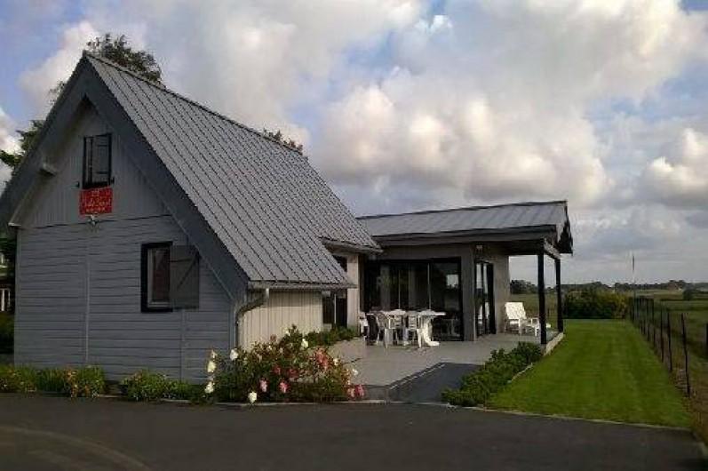 Location de vacances - Gîte à Saint-Martin-aux-Buneaux - Vue du parking