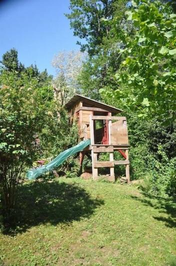 Location de vacances - Villa à Saint-Martin-de-Seignanx - cabane pour les enfants, sous la responsabilité des parents ;-)
