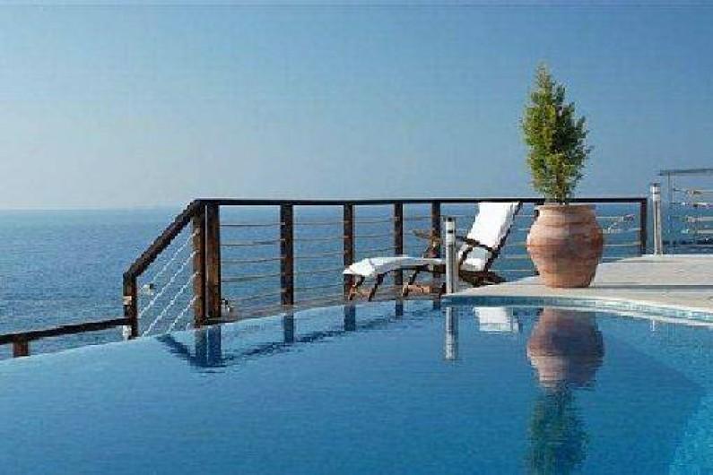 location de vacances villa pomos