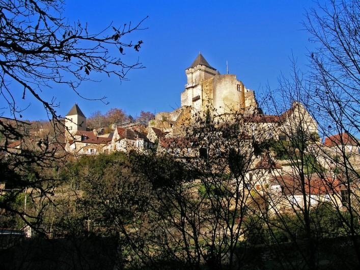 Location de vacances - Maison - Villa à Bézenac - Le château de Castelnau-Fayrac et son musée de la guerre au Moyen-Age