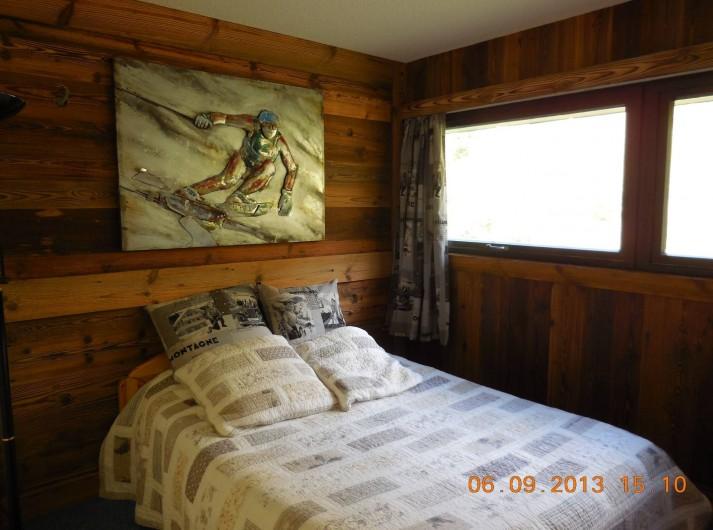 Location de vacances - Appartement à Les Menuires - Chambre 1 matrimoniale avec lit de 160 cm.